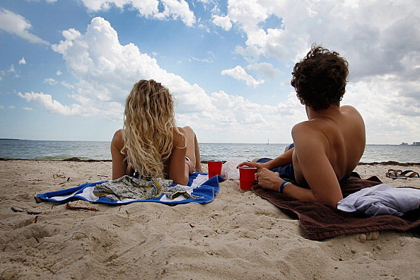 Gov't Study Shows Young Adults Under 30 Not Taking Skin Cancer Sun Exposure Warnings Seriously